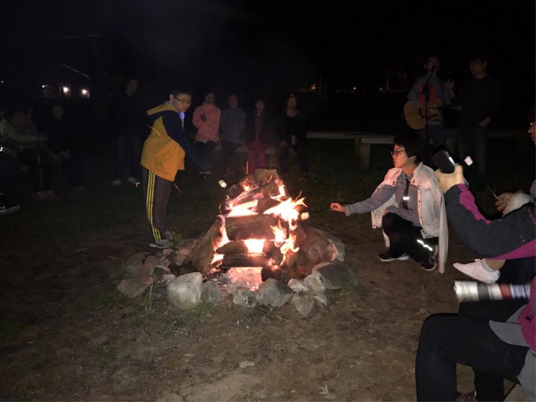 Campfire 4.jpeg